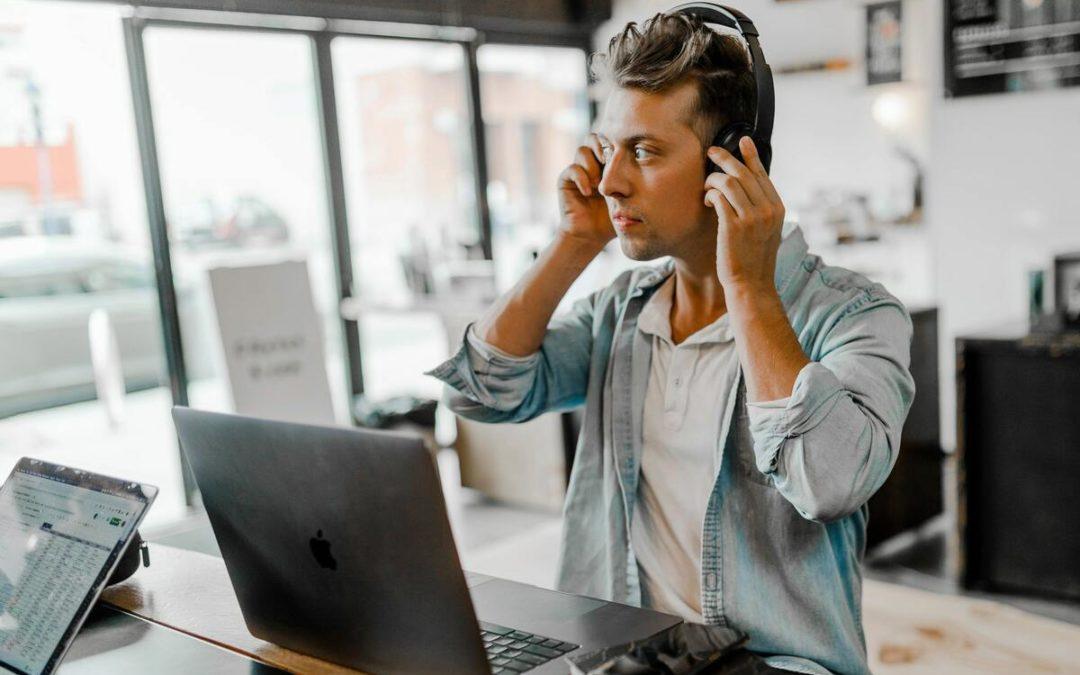 Comment bien préparer et animer un Webinaire en B2B ?